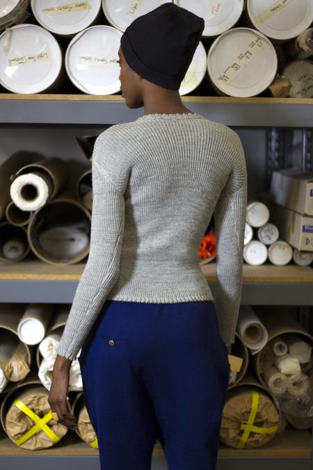 pre order - été noir ribbed sweater