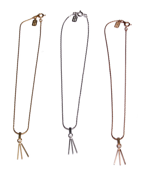 ALYNNE LAVIGNE - Single Tassel Necklace