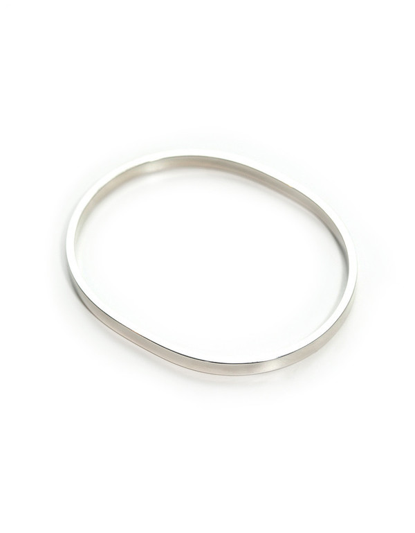 KRISTEN ELSPETH OVAL BANGLE