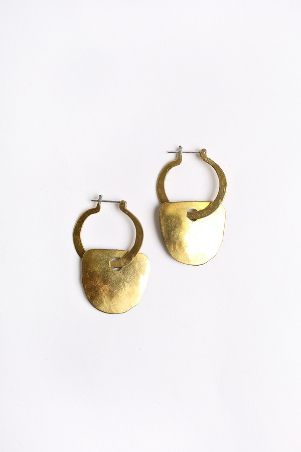 Crescioni Apex earrings in brass
