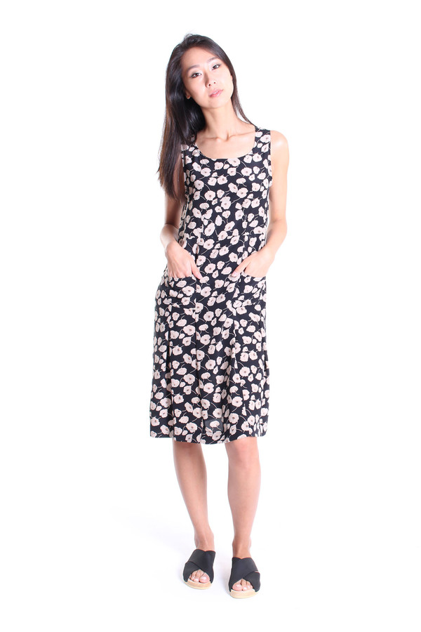 No.6 Store Melanie piece dress in black anemone print