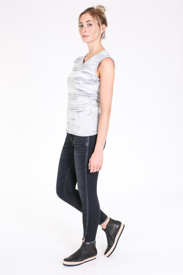 Raquel Allegra Muscle tee in grey