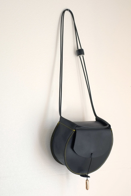 jujumade black drum bag