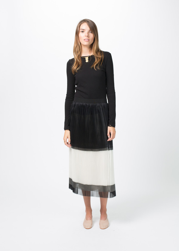 Sara Lanzi Pleated Silk Skirt