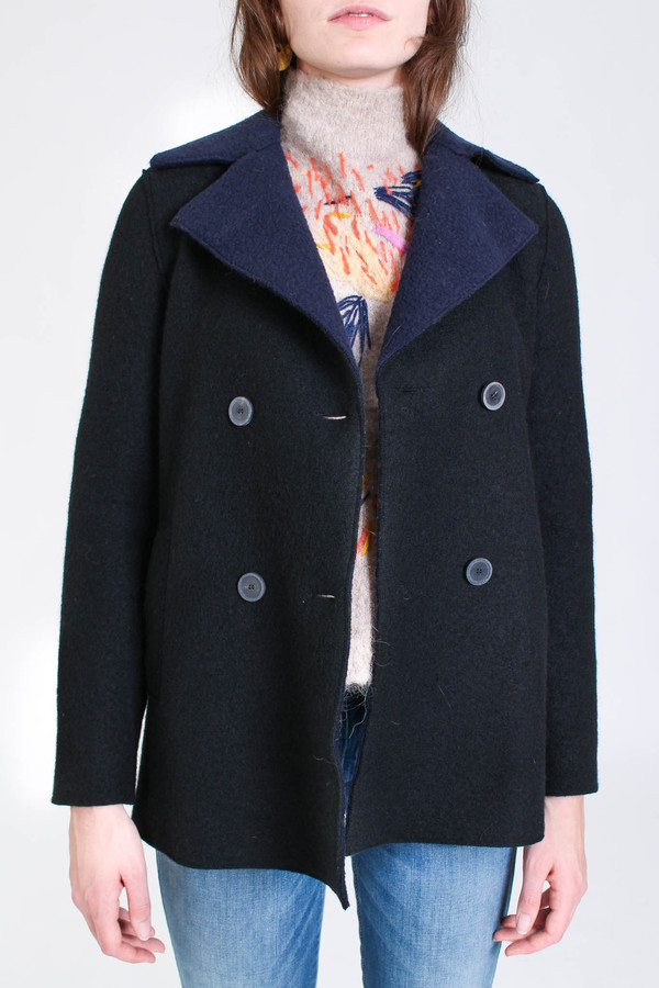 Harris Wharf London Long peacoat with shearling lining in black