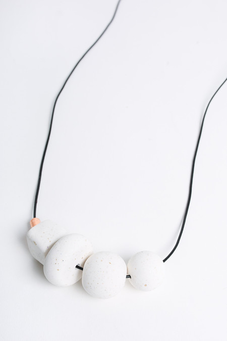 Pepper Train The Everyday Mono Necklace in white