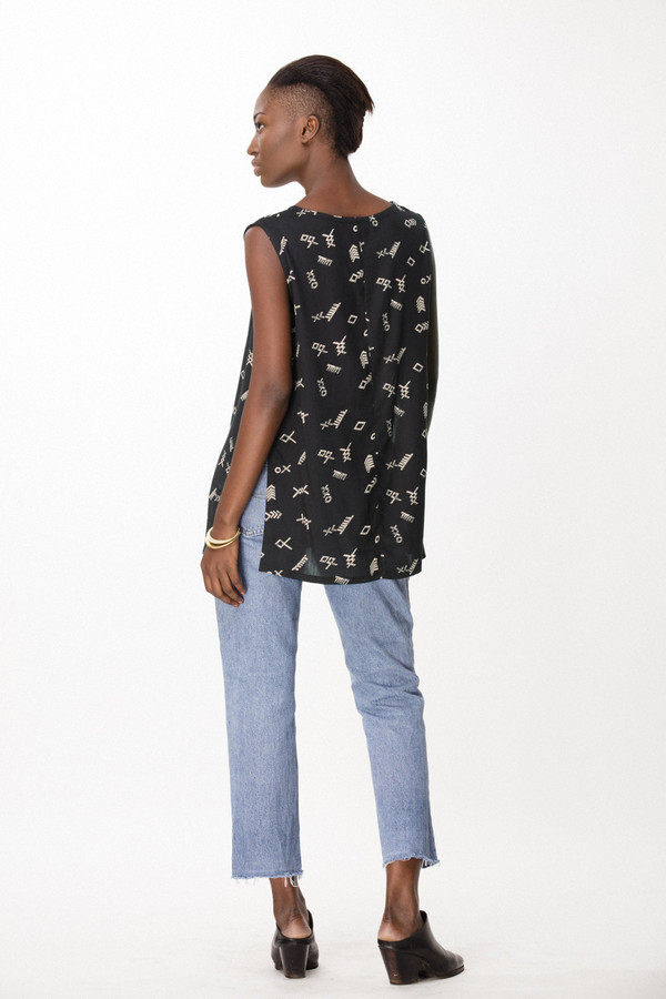Osei-Duro Taifa Top in Black Jot