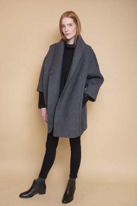 Reality Studio Xiong Coat / Anthracite