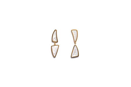 Lizzie Fortunato Prehistoric Earrings in Pearl