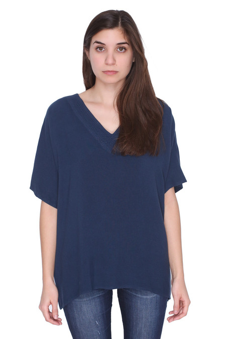 Tienda Ho 82 Top in Navy Blue