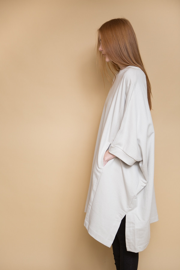 Kowtow Place To Be Cape / Ivory