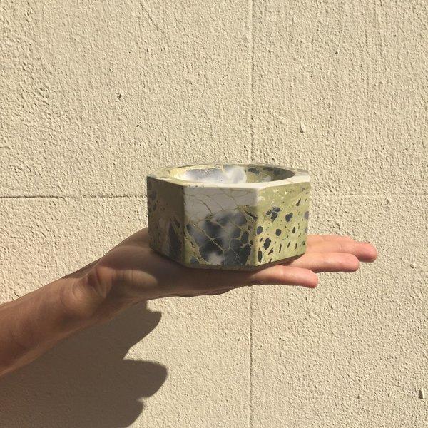 Concrete Cat OCTAVIA INCENSE BURNER/ASH TRAY