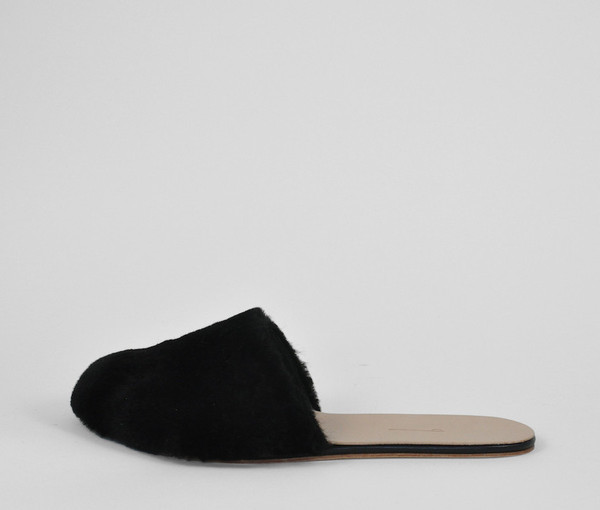The Palatines Shoes cognitio mule - black shearling