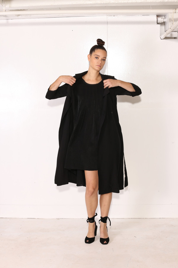 Intentionally Blank YARROW TRENCH Black