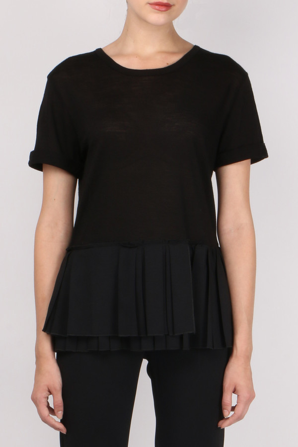 Pomandere Pleated V Back Top