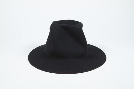 Clyde Pinwheel Hat in Black
