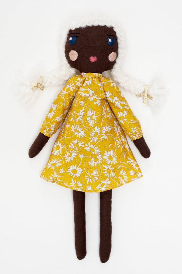 Polka-Dot Peanut Parade friends forever doll - ellie