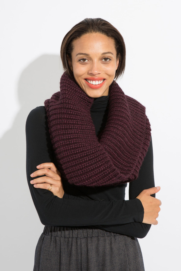 SCHAI Vita Snood -Wine