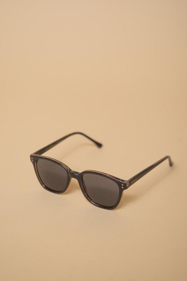KOMONO Renee Sunglasses / Black Tortoise