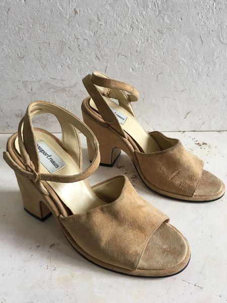 The Shudio Vintage Tan Suede Chunk Heels (Sz 9)
