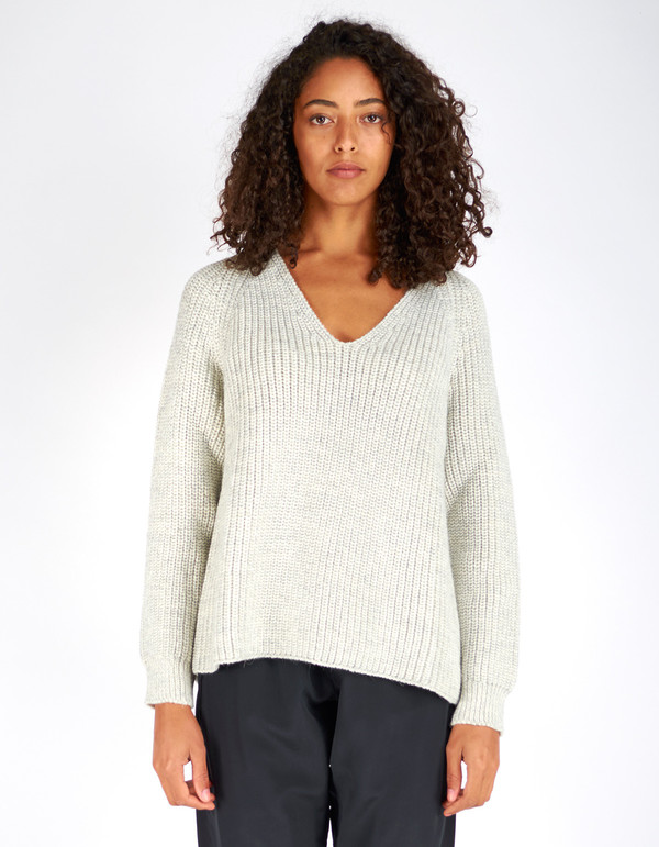 Ali Golden V-Neck Pullover Sweater Grey White Melange