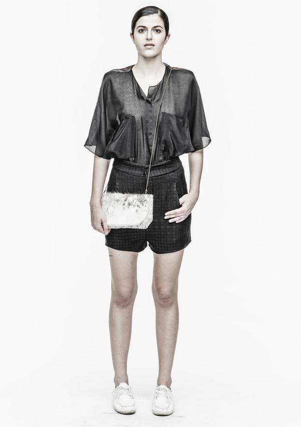 Berenik Shorts Waistband Square Triacetate - Black