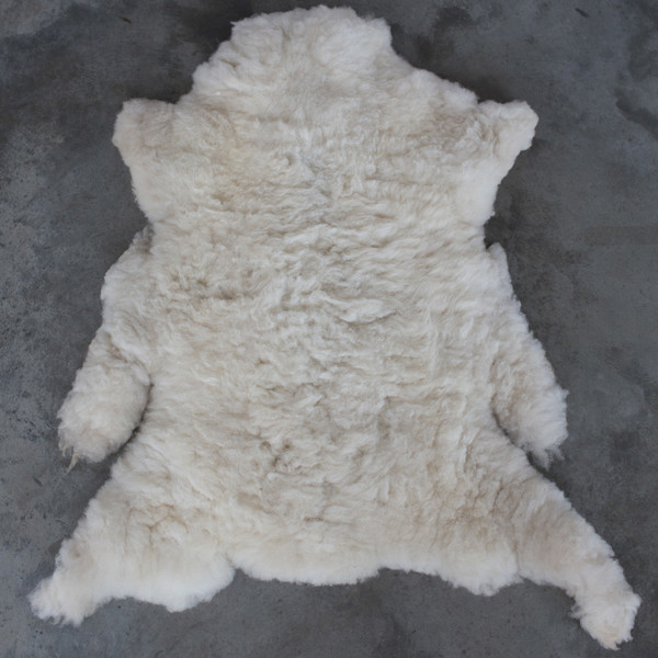 NOMAD COLLECTIVE Sheepskin Pelt