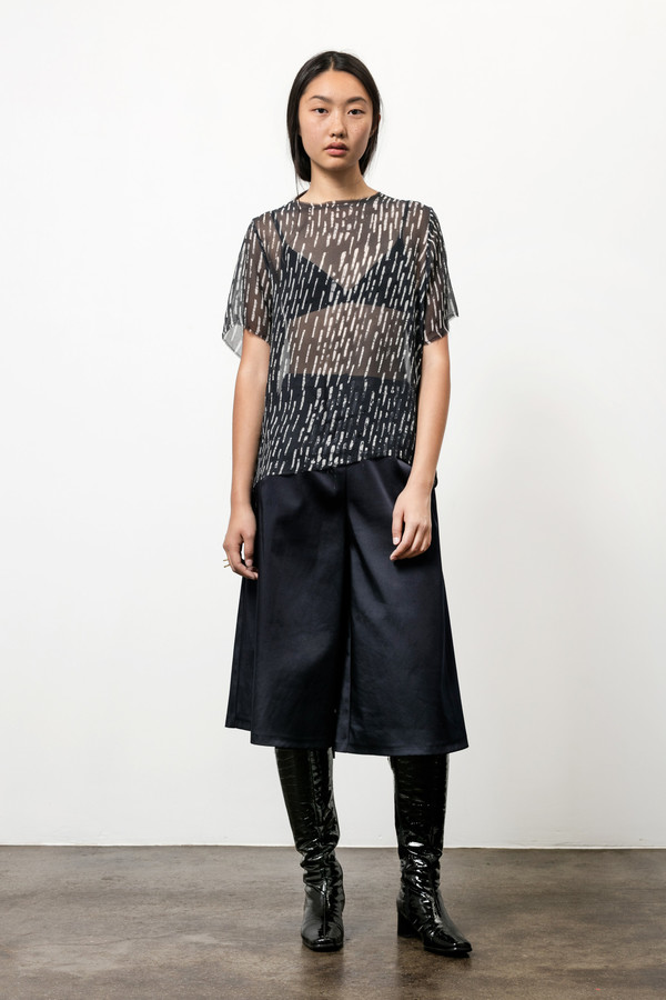 Osei-Duro Note T in Silk Chiffon Broken Lines