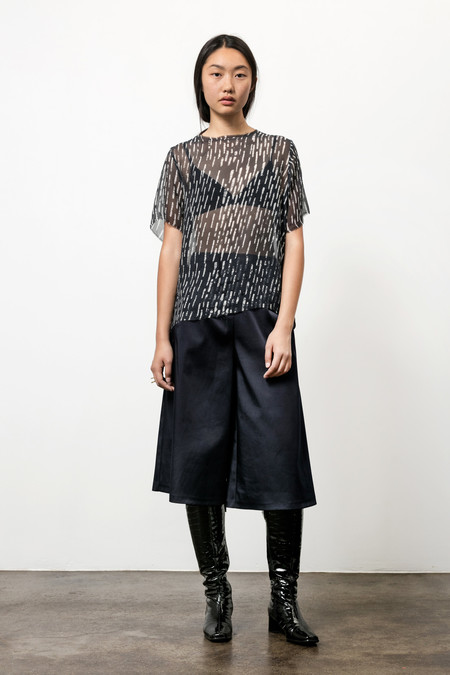 Osei-Duro Note T in Silk Chiffon Broken Lines