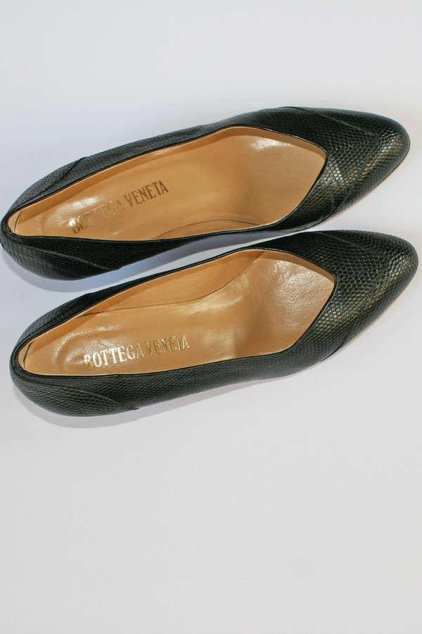 VINTAGE BOTTEGA VENETA PUMPS (SIZE 6)