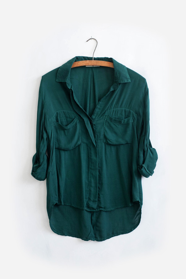 Bella Dahl Splitback Button Down Alpine