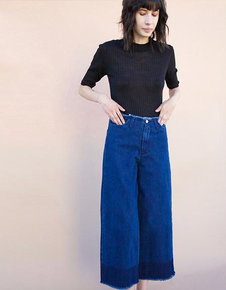 Achro Frayed Jeans