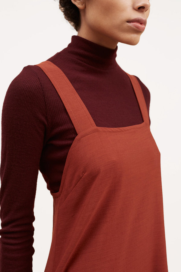 Waltz Fine Ribbed Wool Turtleneck – Oxblood