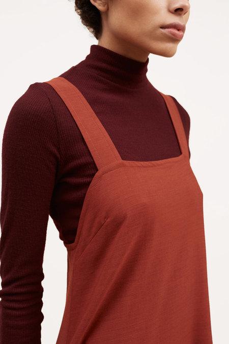 Waltz Fine Ribbed Wool Turtleneck – Oxblood