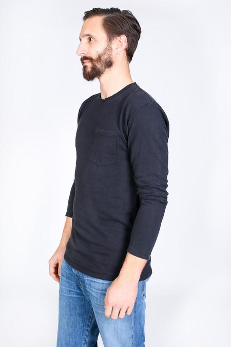 Men's Jungmaven Baja Long Sleeve Pocket T-Shirt in Urban Black