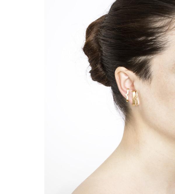 Maria Black Gold Fooled Heart Ear Cuff