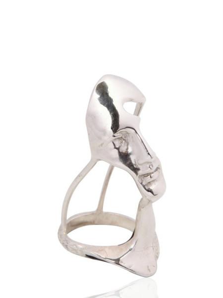 Yunus and Eliza Dali Puppet Ring