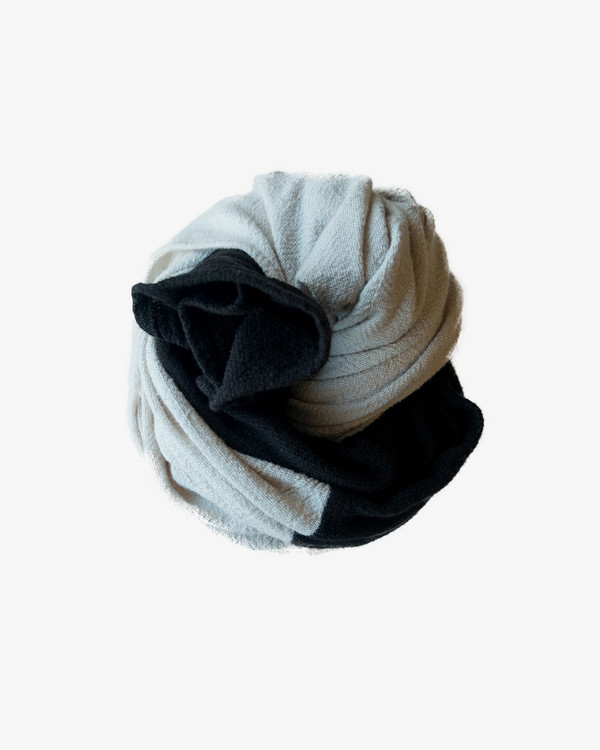 esby COLORBLOCK LARGE SCARF - IVORY/BLACK
