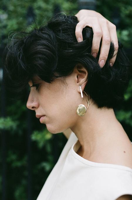Quarry Virzi Earrings - white bronze