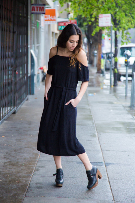 lavi tinashe midi dress