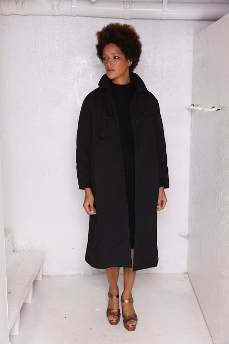 Intentionally Blank HIDE-AND-SEEK lined coat in Black Canvas