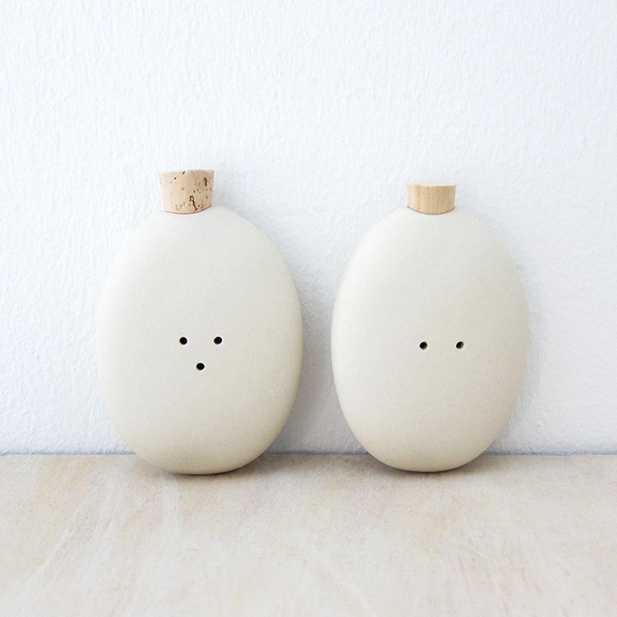 Pigeon Toe Ceramics Pebble Salt Pepper Shakers Natural