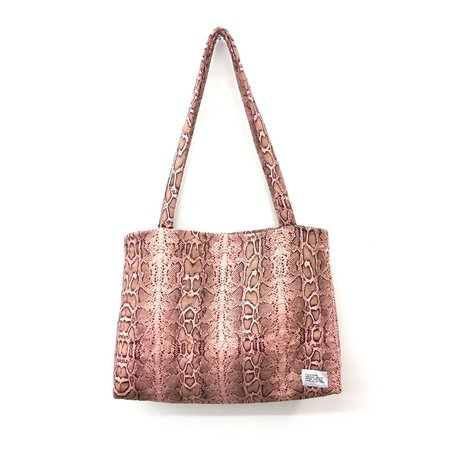 Strathcona Quilted Silk Large Carry All Bag in Pink Snakeskin