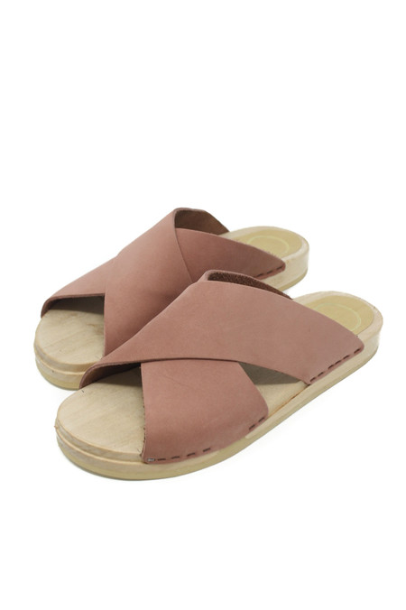 No.6 Frida Clog in Blush