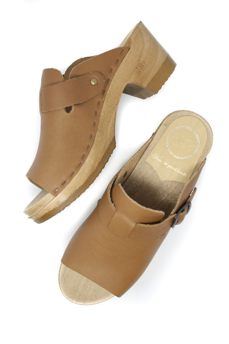 No.6 Sadie Clog in Palomino