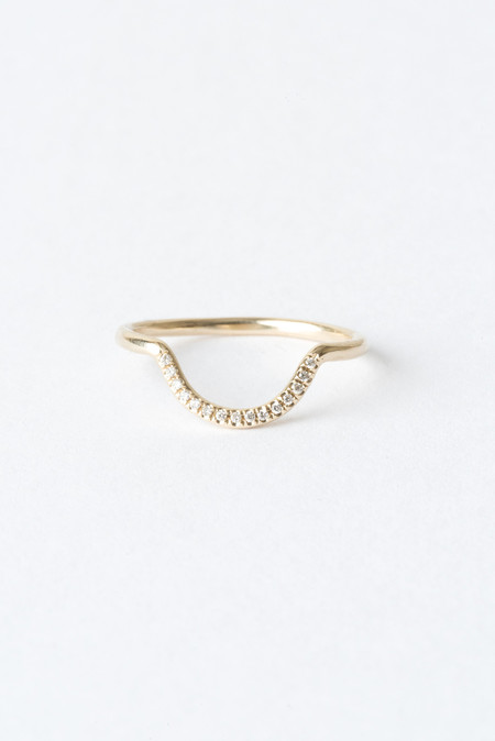 WWAKE Micropave Small Arc Ring in 14K