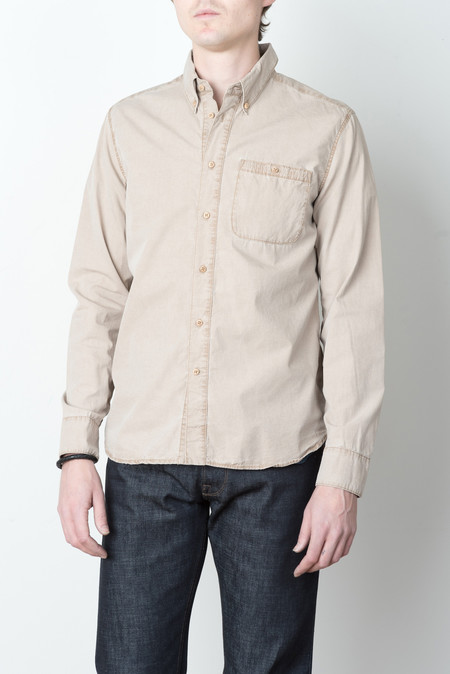 A Kind of Guise Standard Shirt In Camel