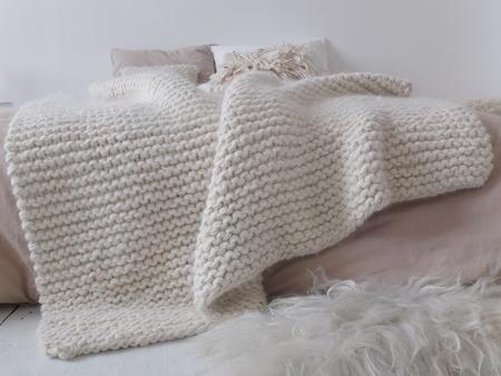 Doucement aaron blanket
