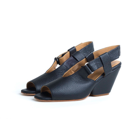 the palatines shoes inopia slingback sandal w sculpted heel -  black pebbled leather