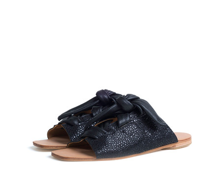 the palatines shoes texo sandal - black shagreen print leather